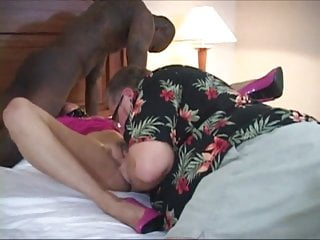 Cuckold Weekend 4 (Cuck cleans her Gap) PREVIEW ONLY