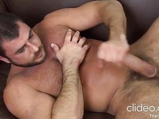 Muscled hairy Mike possin ass dildo jerks & cums (DILF)