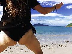 Twerk Whore - Aussie - Shake On Beach.