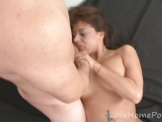 Latina bombshell adores her boyfriend's long shaft