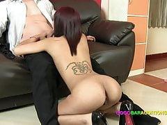 Gieten Couch bedrogen in seks voor de baan