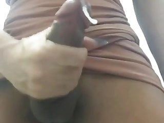 Showin' off and cumshot