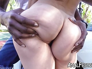 Kelsie monroe attracts with her fat ass...