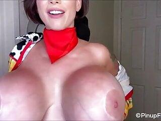 Just look at those juicy massive tits