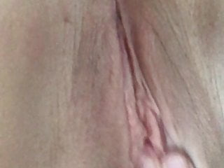 uk amateur slut plays with wet pussyHD Sex Videos