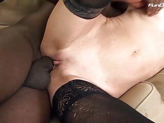 Meiner oma gefunden wtf anal mit schwarzem...