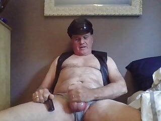 سکس گی popper bate with BIKEMAN webcam  masturbation  hd videos handjob  daddy