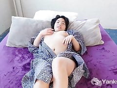 Yanks Cutey Japanese Hope Gold Masturbating