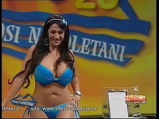 Marika fruscio striptease...