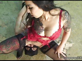 Japanese mistress youko facesitting and handjob...