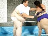 Plumperd.com Fat Jitka fighting big Monika
