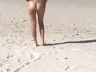 Watch beaches nude online...