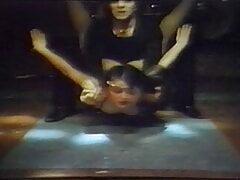 greek porn oi punks ta kanoun ola (1985)