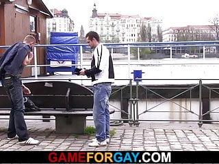 Gay play with a hetero stranger