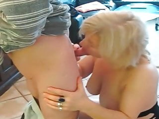 I Get Fucked In Kitchen In My Amateur Mature Video