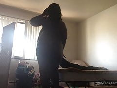 Bbw ebony with huge tits twerking while making bed