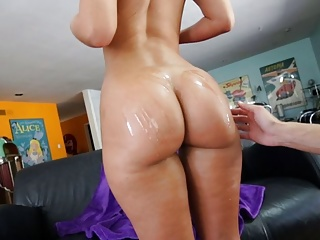 Hot young pawg ass...