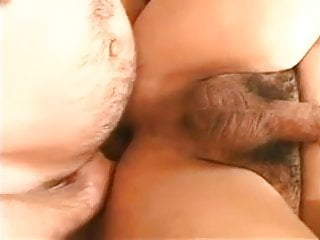 Nice bi 3some action