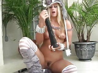 Video 1467080001: roxy raye, straight american