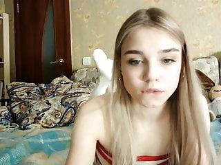 18 jarige Liana is niet zo onschuldig als ze eruit ziet