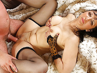 Porno videa zdarma z nylonu