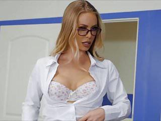 Nicole Aniston Instructor