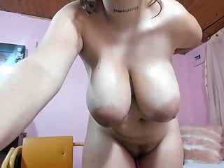 Sexy curvy solo Latina
