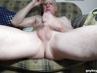 Masturbating with feet up in cam...