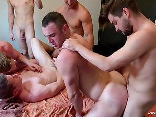 JR – Johnny, Jax, Jesse, Kyle, Michael & Aiden – Orgy