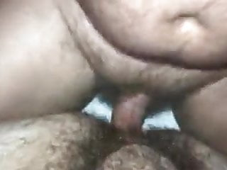 Bear daddy fucks hairy younger guy ass...