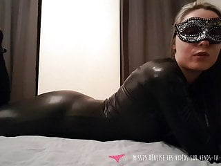 Jerk Off Instructions – French hot milf dressed with leather-based – Vends-ta-culotte