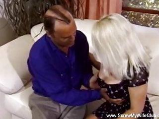 Bouncing boobs swinger blonde wifey gives pleasure...