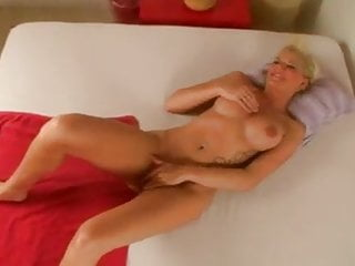 scarlett youngPorn Videos