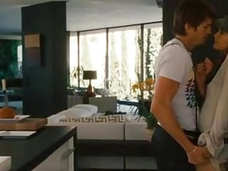Ashton Kutcher and girls at movie Spread