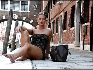 Public Nudity Italian Hd Videos video: Decameron XXX - Naked and Barefoot Italian Whores