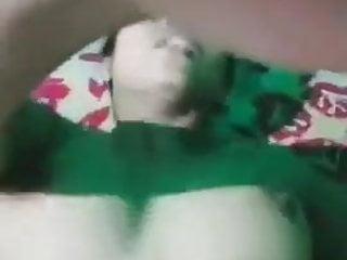 Bhabhi ne live video pe dikhaie apni chut