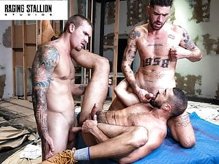 Head Contractor Chris Damned Joins Hunks In The Pounding