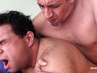 Bisex daddy barebacking his boi...