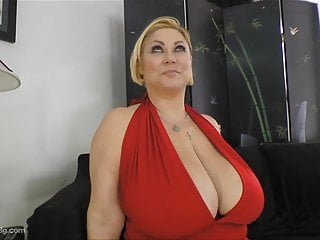 Nipples Big Tits Big Ass video: Porca samantha