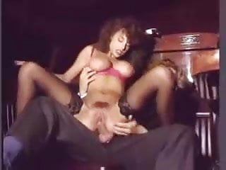 Sarah Young - Sesso in Limousine by snahbrandy