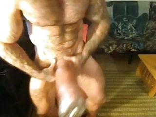Muscle Eddie  Muscle Pumper  Show Off