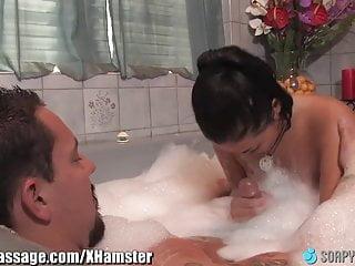 SoapyMassage豐滿亞洲倫敦凱斯浴缸樂趣
