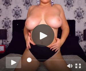 Camwhore Jessy shows her huge tits 2
