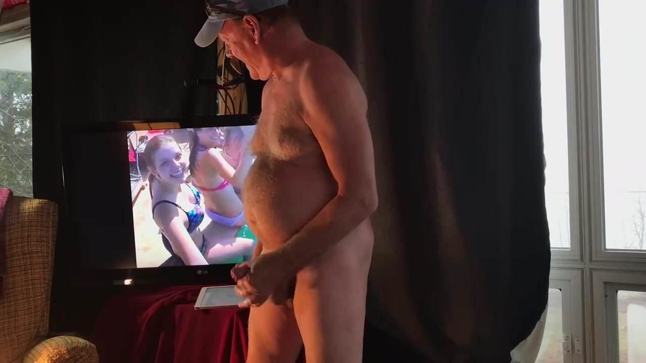 Elke Jennsen And Kyra Eggers M27 Blonde Lesbian Elke Mobileporn