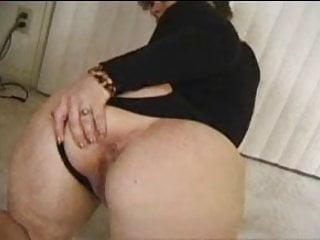 Horny Momy