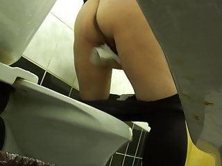 piss wc 01
